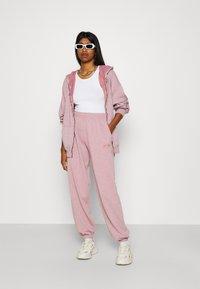 BDG Urban Outfitters - PANT - Tracksuit bottoms - bubble gum - 1