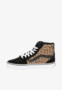 Vans - WM FILMORE  - Skate shoes - bruin - 0