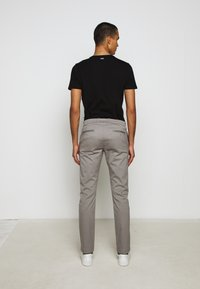 J.CREW - MENS PANTS - Chinos - vintage dove - 7