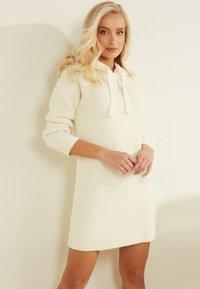 Guess - Jumper dress - weiß - 0
