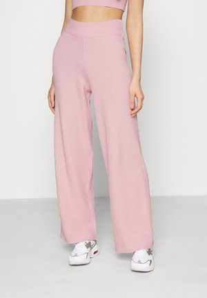 NA-KD X ZALANDO EXCLUSIVE SOFT RIBBED PANTS - Trousers - lilac