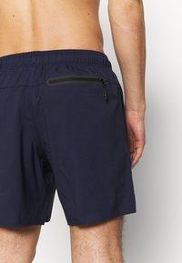 Puma - SWIM MEN MEDIUM LENGTH - Swimming shorts - navy - 2