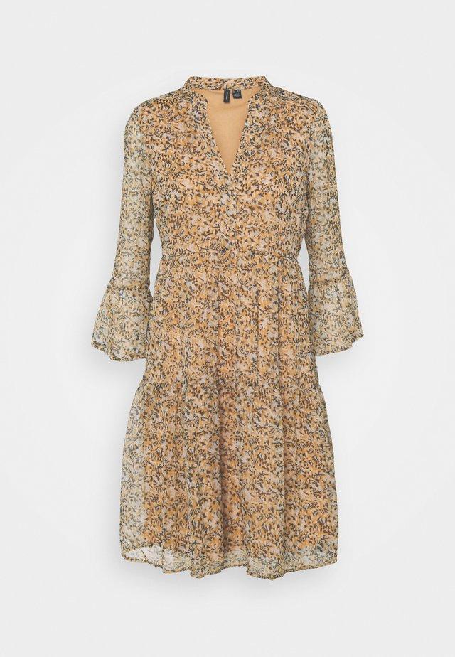 VMKAY 3/4 DRESS TALL - Day dress - tan