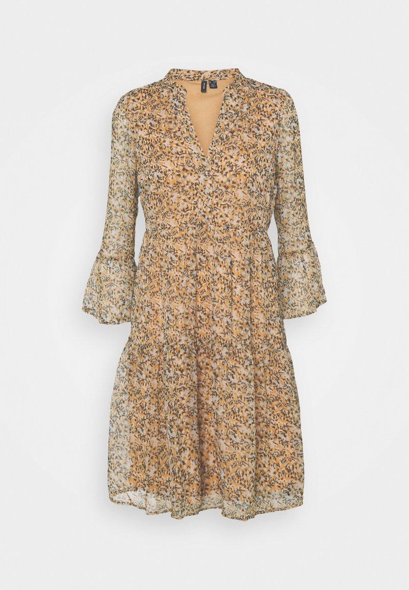 Vero Moda Tall - VMKAY SHORT DRESS - Day dress - tan