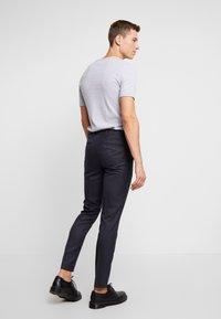 Burton Menswear London - DOGTH - Trousers - grey - 2