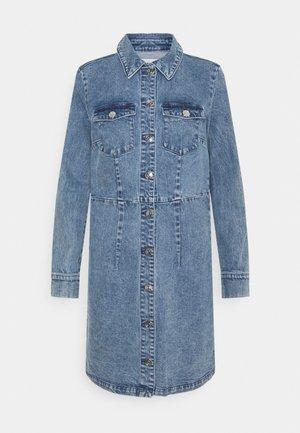ONLVENUS BUTTON DRESS - Denim dress - light blue denim