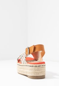 mtng - NEW TESSY - Espadrilky - coral - 5