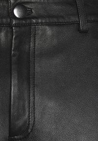 STUDIO ID - FITTED TOUSERS - Pantaloni di pelle - black - 2