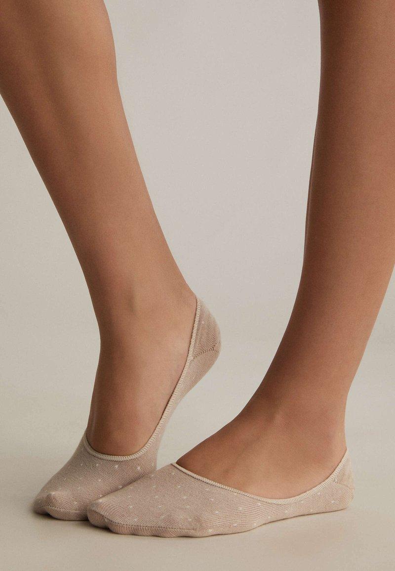 OYSHO - 3 PAIRS - Socks - white
