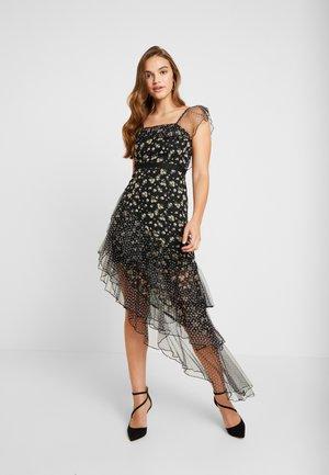 Koktejlové šaty/ šaty na párty - multi