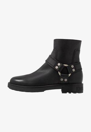 D-THROUPER AB - Cowboy/biker ankle boot - black