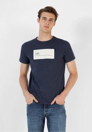 Print T-shirt - navy melange