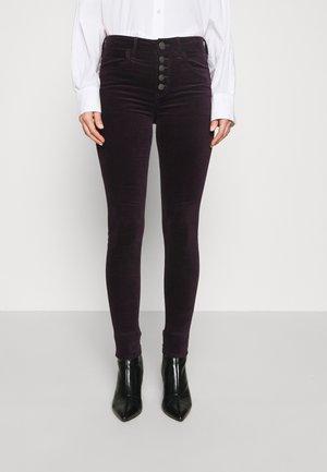 HI RISE JEGGING - Trousers - deep plum