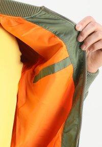 Alpha Industries - Bomber Jacket - sage-green - 5