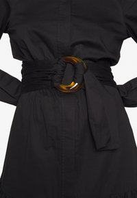Who What Wear - THE BELTE DRESS - Vestido largo - black - 5
