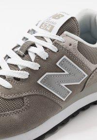 New Balance - 574 - Tenisky - grey - 4