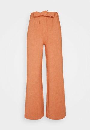 DELLA TROUSER - Pantaloni - light rust