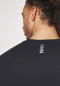 Under Armour - STREAKER  - Langærmede T-shirts - black - 3