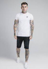 SIKSILK - Denim shorts - washed black - 1