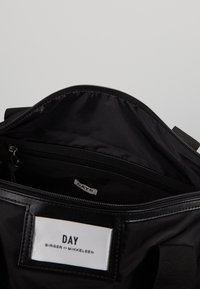 DAY Birger et Mikkelsen - BAGS - Sportovní taška - black - 4