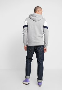 Jack & Jones - JORNEWSHAKEDOWN BLOCK ZIP  - Mikina na zip - light grey melange - 2