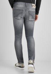 Baldessarini - TRIBUTE TO NATURE JOHN  - Slim fit jeans - grau used - 2