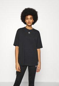 adidas Originals - TEE - T-shirts - black - 0
