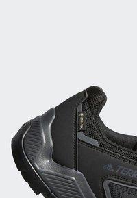 adidas Performance - TERREX EASTRAIL GORE-TEX - Hiking shoes - grey/black - 7