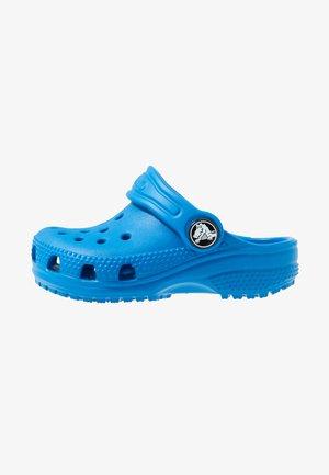 CLASSIC UNISEX - Sandály do bazénu - bright cobalt