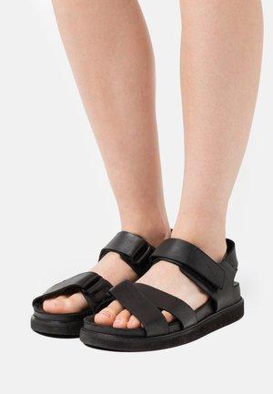 HAZEL - Sandály na platformě - black