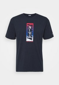 Tommy Jeans - VERTICAL FRONT LOGO BOX TEE - T-shirt con stampa - blue - 0