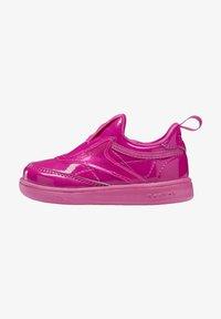 Reebok Classic - CLUB C SLIP ON III FOUNDATION TENNIS - Sneakers laag - pink - 0