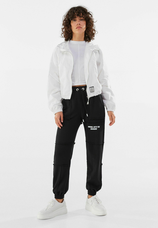 Damen MIT KAPUZE  - Leichte Jacke