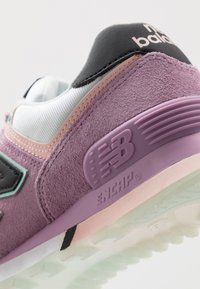 New Balance - WL574 - Trainers - purple - 2