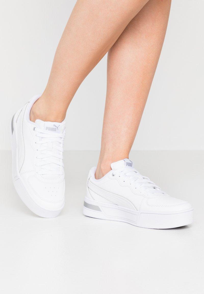 Puma - SKYEMETALLIC - Sneakers - white/silver