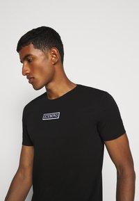 Iceberg - T-shirt con stampa - nero - 3
