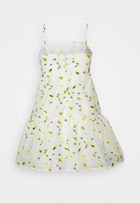 Never Fully Dressed Petite - FLOWER MINI DRESS - Korte jurk - white - 1