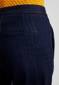 Opus - MILA - Flared jeans - deep rinsed blue - 3