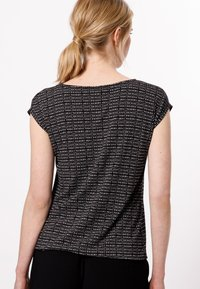 zero - Print T-shirt - black - 2