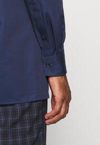 OLYMP Luxor - Luxor - Formal shirt - royal - 3