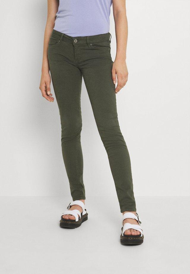 SOHO - Skinny džíny - range