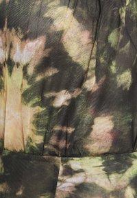 Topshop Petite - TIE DYE MINI - Shift dress - multi - 2