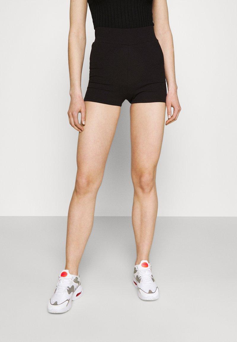 Gina Tricot - KLARA HOTPANTS - Shorts - black