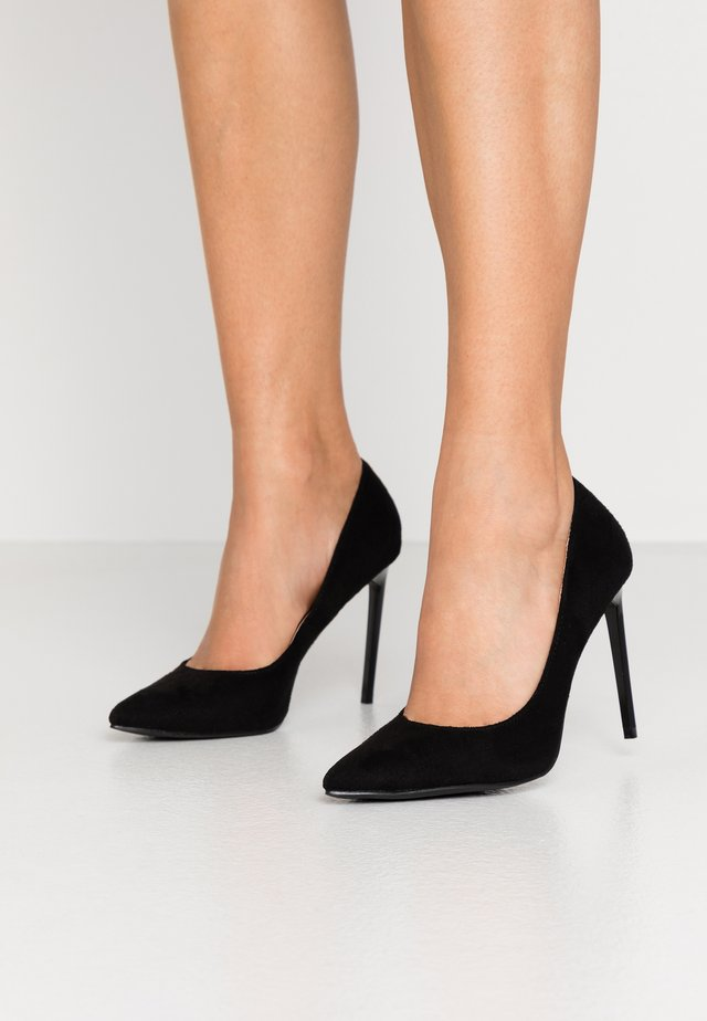 ANTIX - Klassiska pumps - black
