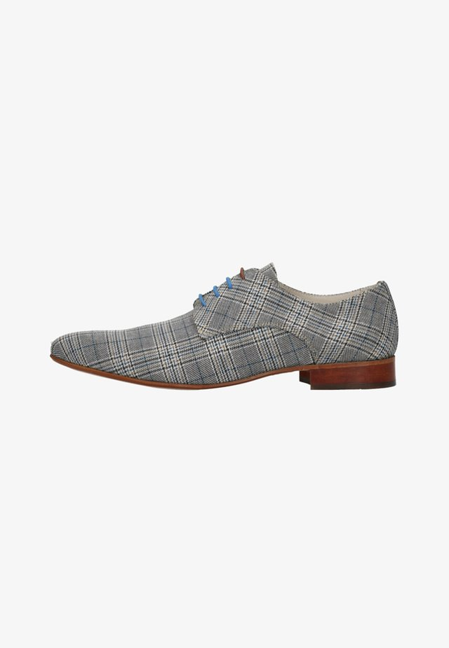 MIT MUSTER - Derbies - grey
