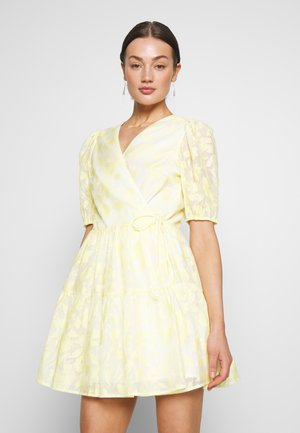 BLOOM DRESS - Kjole - light yellow