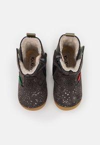 Kickers - SOCOOL - Kotníkové boty - gris metallique - 3