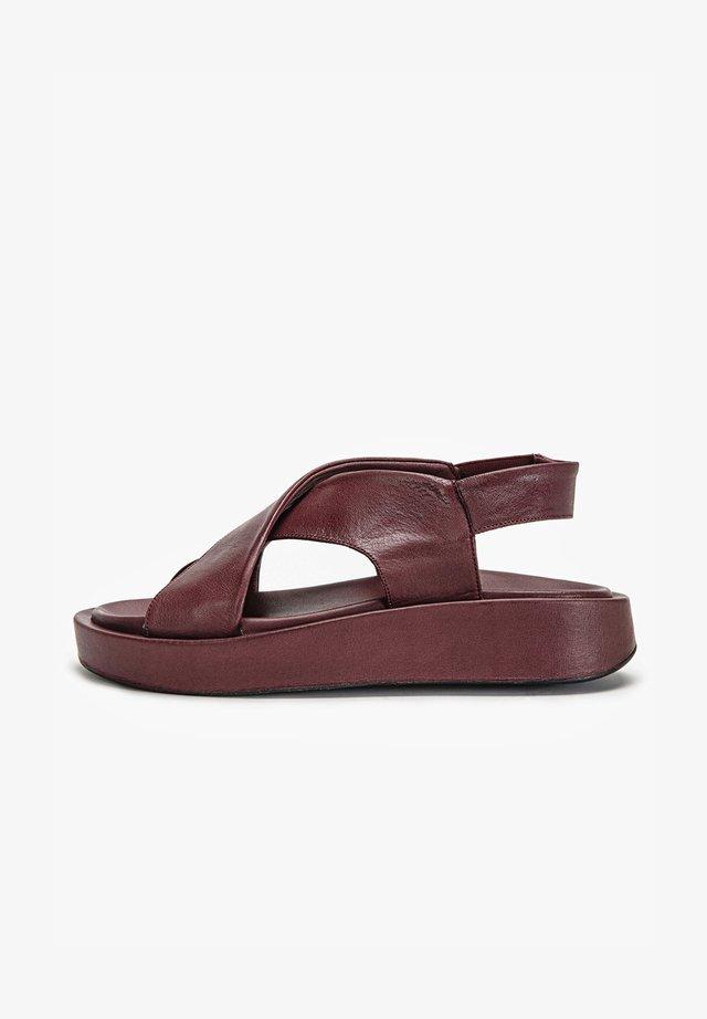 Sandalen met sleehak - vinegar vng