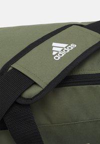 adidas Performance - LINEAR DUFFEL S UNISEX - Treningsbag - focus olive/black/white - 3
