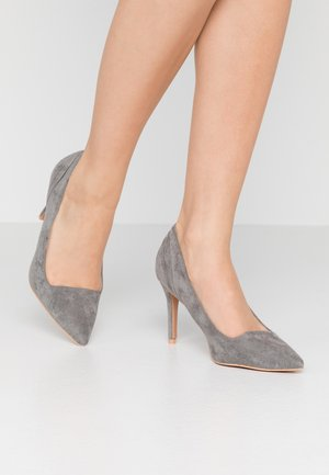 COURT WITH BACK COUNTER DETAIL - High Heel Pumps - grey